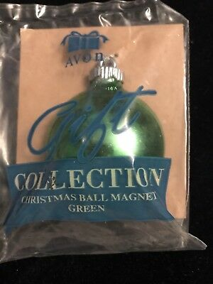 Vintage Avon Gift Collection - Green Christmas Ball Magnet - New In Package