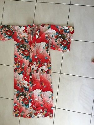 Kimono Red Floral Japan Japanese Feels Like Cotton Would Fit 8 To 10 Ladies