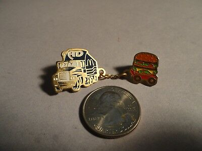 RARE McDONALDS AD TRUCK PULLING BIG MAC TRAILER PIN 2-PC. HOOKED TOGETHER