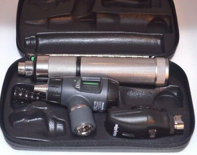 Welch Allyn Diagnostic Set 23810  Macroview Otoscope 11710 Ophthalmoscope