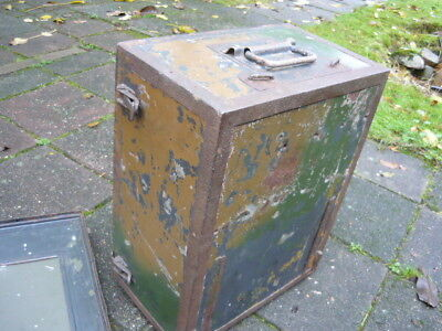 Wehrmacht radio housing E445 with cover and camo