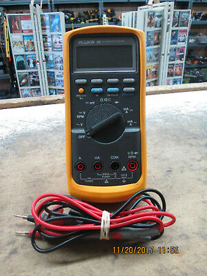 Fluke 88 Automotive Meter  with leads