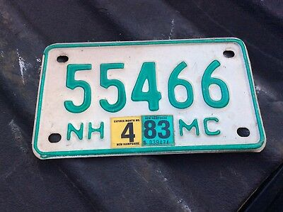 Nh New Hampshire Motorcycle Green And White License Plate 55466
