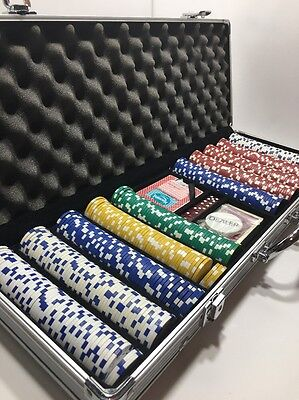 500 Piece Poker Chip Set With Aluminum Carrying Case