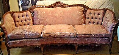 Gorgeous! ANTIQUE ORNATE CARVED WALNUT 7.5 1900s VICTORIAN ROCOCO SOFA COUCH
