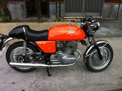 Laverda 750 SF anno 1976 totalmente restaurata con documenti