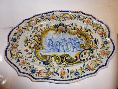 Rare Grand Plat Ancien Faience Hb Quimper Decor Bleu Central Scene Animee Eglise