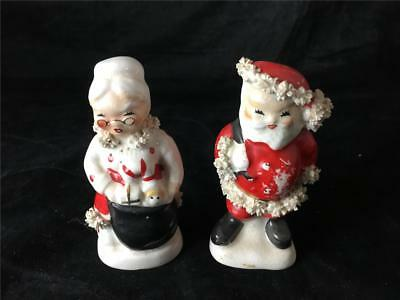 Napco China Santa & Mrs Claus Salt & Pepper Shakers AX920 Spaghetti Fur Trim