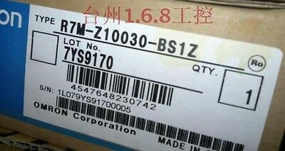 Omron server motor R7M-Z10030-BS1Z   New ship by DHL or EMS