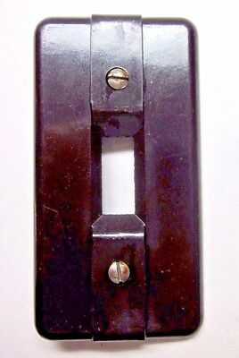 Vintage Rare brown Bakelite switch plate cover Art Deco 2 lines ribs 5055 UICO