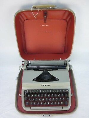 Vintage 1963 FACIT Privat T.P.2 Portable Typewriter with Case P306126