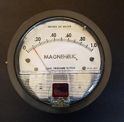 Dwyer Magnehelic 2001C Pressure Gage 0-1 Inches of Water