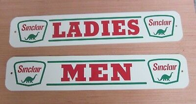 PAIR of SINCLAIR RESTROOM SIGNS SERVICE STATION REST ROOM MEN and WOMEN sign