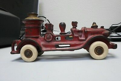 Antique arcade Toys Cast Iron Fire Pump Truck Toy with Driver