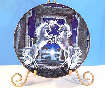 """ROYAL DOULTON """"MEETING OF THE UNICORNS"""" by SUE DAWES, THE FRANKLIN MINT RA2353"""