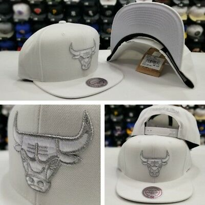 Mitchell & Ness Chicago Bulls WHITE Metallic Silver Snapback Adjustable Hat Cap