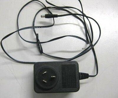 15V DC 600mA AC Power Adapter Model: MKD-150600 P/N: PSA24D15P6-AU