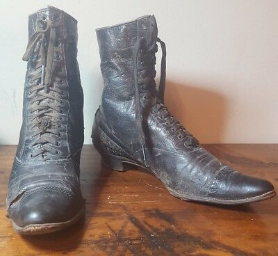 VTG Black Antique Victorian High Top Lady Leather Lace Up Pointed Toe Shoe Boot