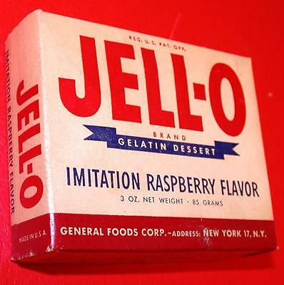 VINTAGE 1950's JELL-O RASPBERRY Flavor Full Sealed Box OLD STORE STOCK NOS food