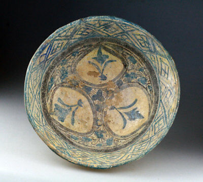 *SC*A LARGE & DECORATED ISLAMIC NISHAPUR POTTERY BOWL, 10th-12th cent AD!!