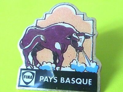 Pin's Animaux  Vache Cow  Pays Basque     Fina