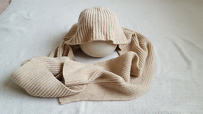 Max Mara Wool Beige Hooded Scarf Made in Italy