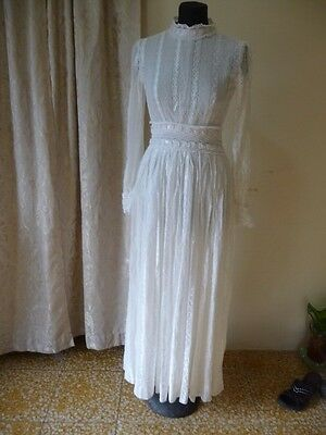 Vintage 60s 70s Wedding Dress Lace Garden Hippie Victorian Boho Long Sleeve