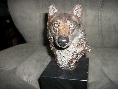 Rare Artist Signed Wolf by Kitty Cantrell Legends Studios Fine Art Sculpture