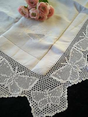 """Vintage Filet Hand Crochet White BUTTERFLY Tablecloth ~ & Baskets ~Linen ~47"""" Sq"""