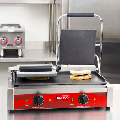 "Avantco P85S Double Smooth Panini Sandwich Grill 18 3"" x 9 1/16"" Cooking Surface"