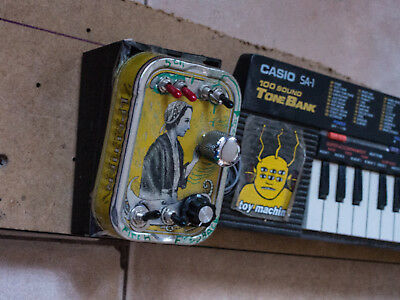 CASIO SA-1 Circuit Bent Bending Modified Toy Synth &Bend box - La DOUARNENISTE