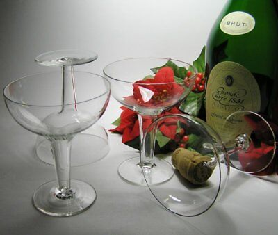 4 Vintage HOLLOW STEM Stemmed CHAMPAGNE GLASSES *See our other Auctions for more