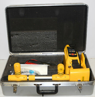 Vivax Metrotech VM 810 Cable & Pipe Locator