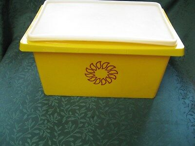 Vintag Goldenrod Tupperware Large Golde Yellow Tub Carry All w/lid   1431-5