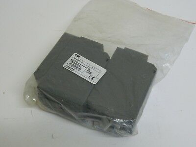 ABB OSS400G1L/3 3 Pole terminal shield for OS400AMP Disconnect Switches