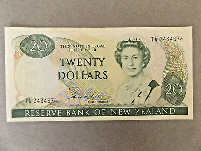 New Zealand 1981-1985 $20 Star Replacment Note in EF TA 343467*