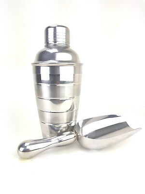 Mirrored Manhattan Style Cocktail Shaker Built in Strainer and Ice Scoop Set