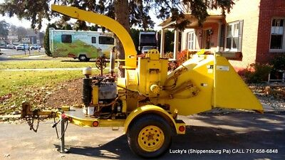 Vermeer 935 Wood Tree Brush Chipper Wisconsin Gas Auto Feed 35HP JUST SERVICED!