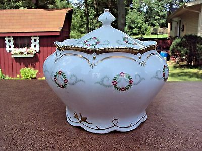 Beautiful Fine Vintage Porcelain Biscuit Jar - Royal Bayreuth?