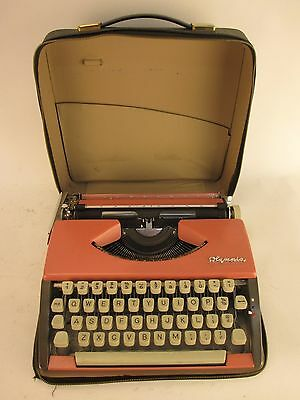 Vintage 1962 Olympia SF Deluxe Portable Typewriter 95-514720 Cursive