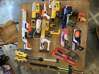 Nerf Gun Lot of 12 Guns and accessories.