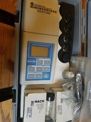 Hach 2100p turbidimeter case and accessories 46500-00