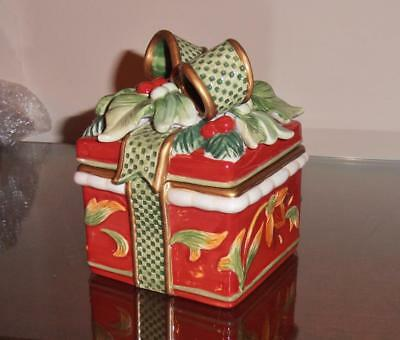 Fitz and Floyd Christmas  Ceramic Lidded Box.... NEW in box...NICE !