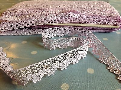1 metre SWISS LACE Unused VTG 50s 60s lilac cotton craft trimming sewing retro