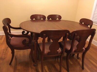 Henkel Harris Dining Table Six Sabre Leg Chairs 400 00