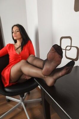 52-32, Nylon Legs Model Foto, Pantyhose Strumpfhose Stocking Feet A4 Photo