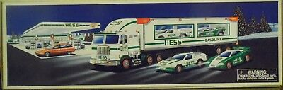 Hess Toy Truck and Racers - Hess Toy Truck 1997 NIOB