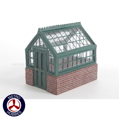 Hornby Greenhouse HOR-R8682 Brand New