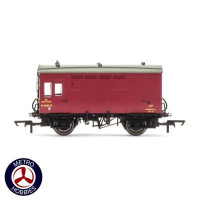 Hornby OO BR (ex-LMS) Horse Box HOR-R6728A Brand New