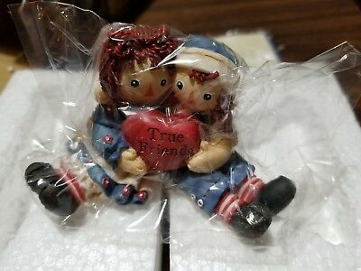 """Simon & Schuster Enseco Raggedy Ann and Andy Figurine """"True Friends"""" Collectible"""